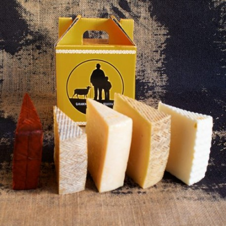 Cajita con seleccion de 5 cuñas de quesos Fuente Lazaro